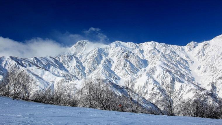 札幌の冬はいつから?吹雪や雪道の歩き方と運転方法の注意点総まとめ